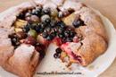 Открытый пирог из цельнозерновой муки с ягодами_новый размер
