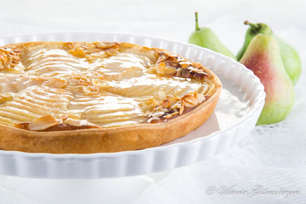 Tarte Bourdaloue (Pear and Almond Tart Bourdaloue Style)