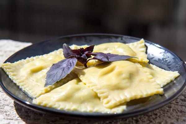 Рецепты салатов с помидорами черри