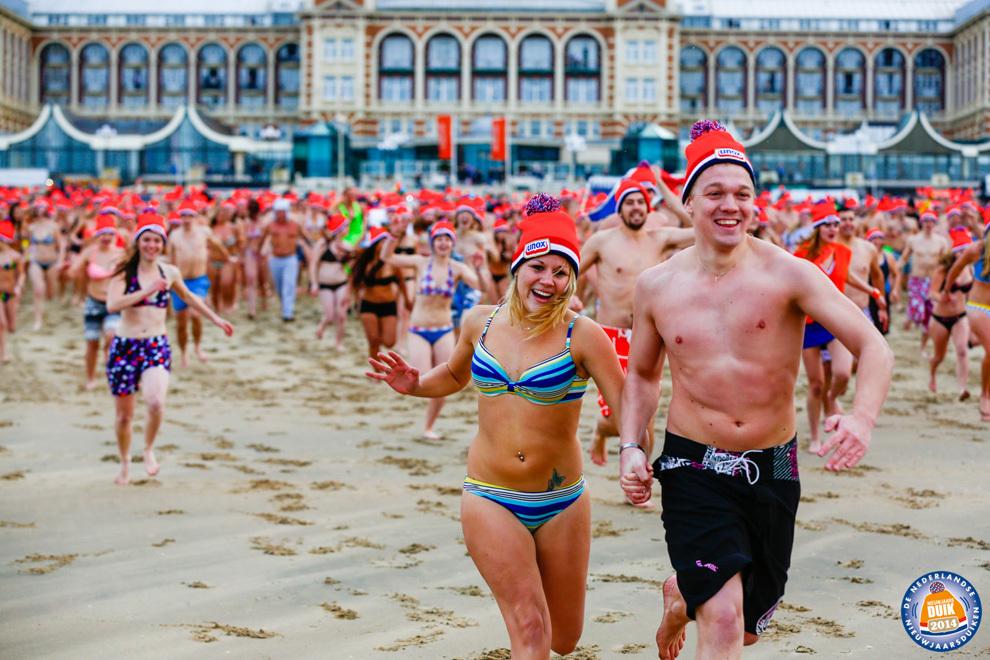 Фестиваль зимнего плавание Unox Nieuwjaarsduik 2014 в Нидерландах