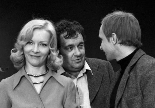 _000 Ирония судьбы, или С легким паром! (1975)