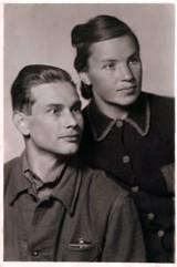 Дедушка - Зворыгин Иван Степанович, бабушка - Зворыгина (Панкина) Александра Ивановна