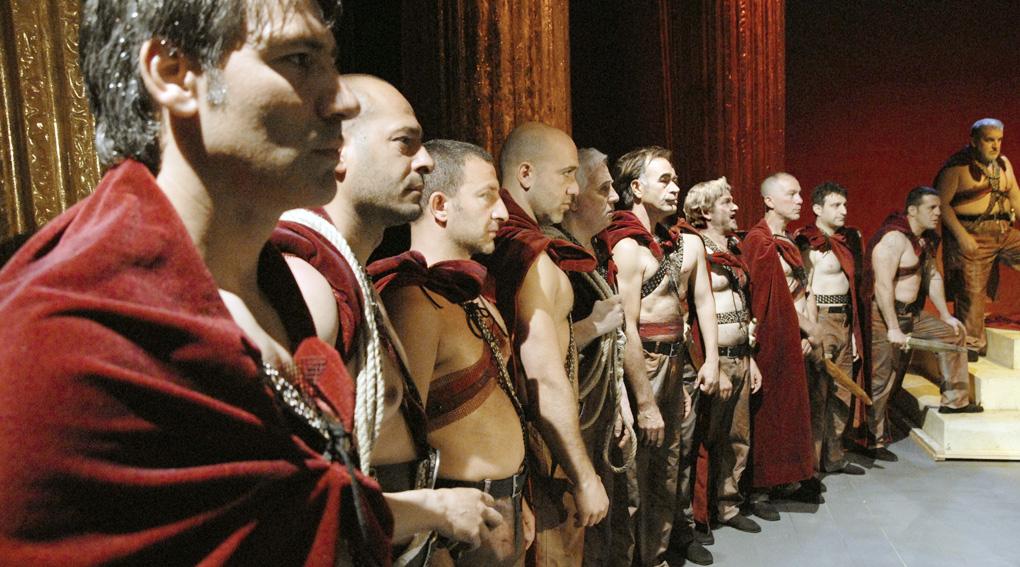 Цезарь должен умереть Тавиани