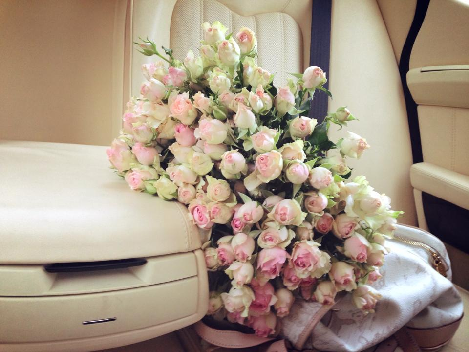 flowers in the car