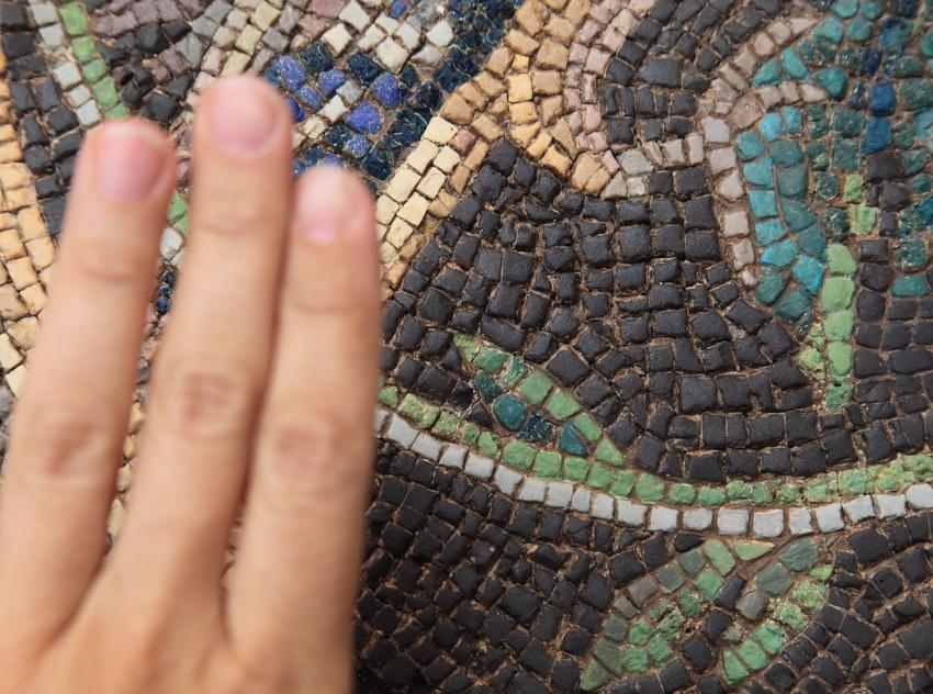 severian mosaic tessera size