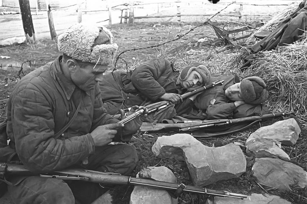 sov_soldat02