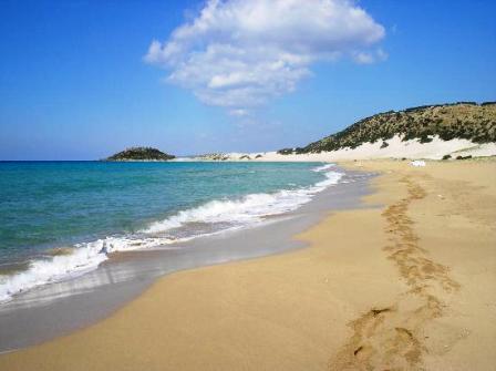 Пляжи кипра местами каменистые