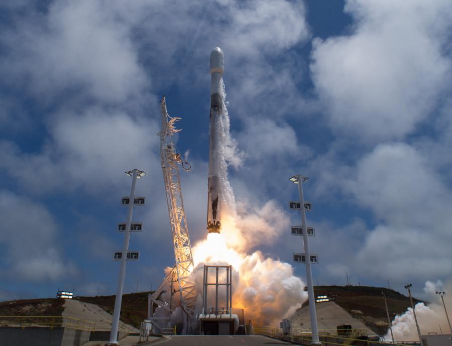 Новые баллоны системы наддува не использовались во время запуска Falcon 9 Block 5