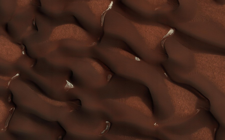 Сухой лед на Марсе, пески Сахары и гиганты Чахнатора