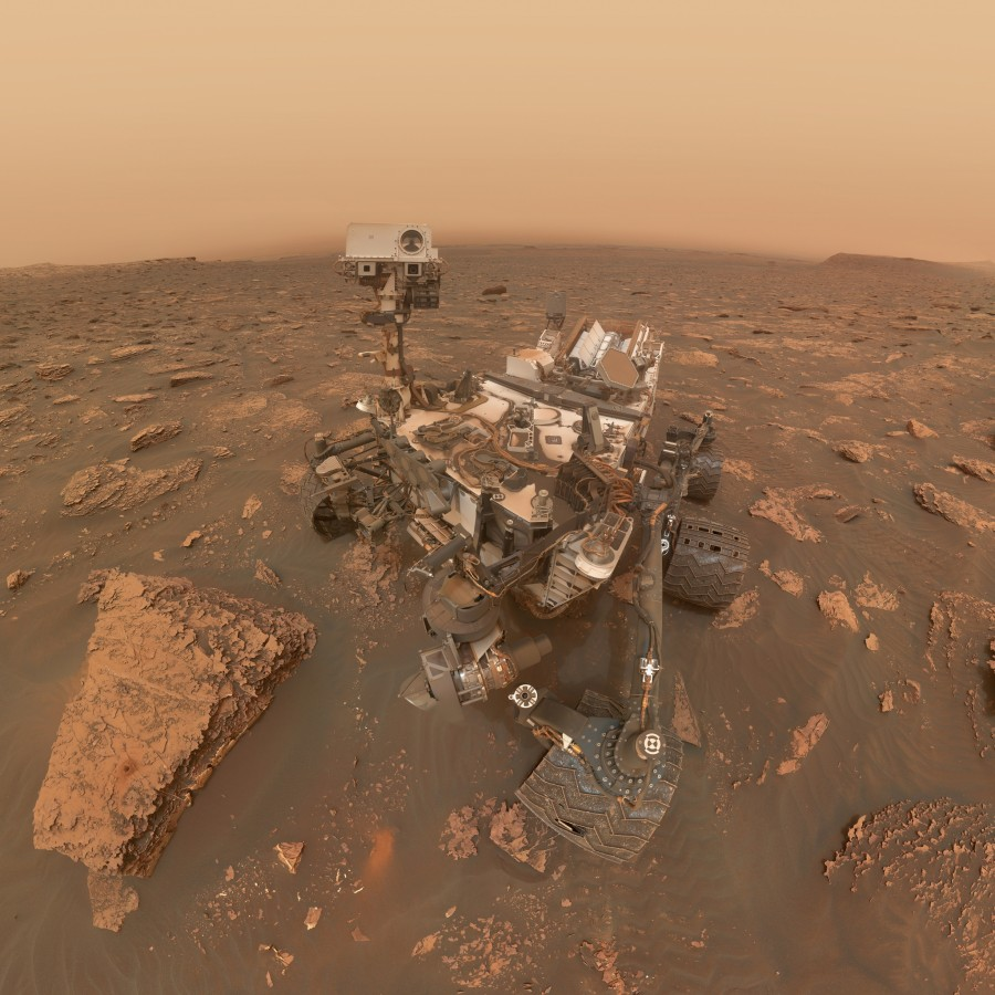 Curiosity приостановил научные операции из-за сбоя памяти