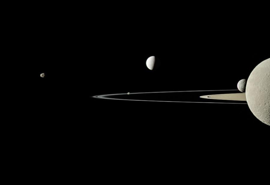 «Хаббл» нашел следы спутника экзопланеты