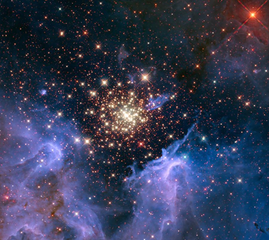 «Хаббл» сфотографировал звездные фейерверки скопления NGC 3603