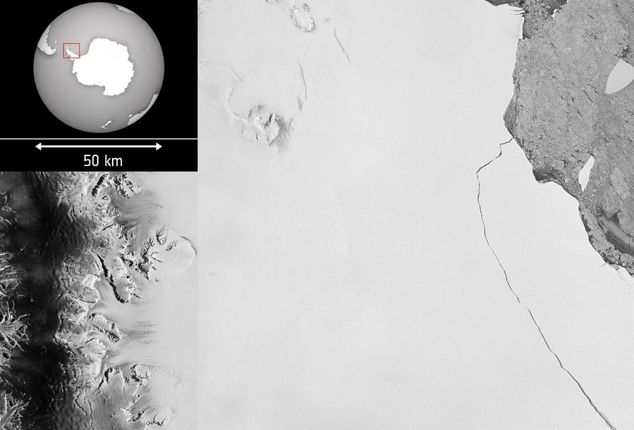 Побег огромного айсберга