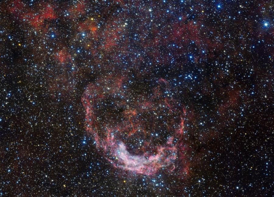 Обзорный телескоп VLT сфотографировал космический шторм в созвездии Киля