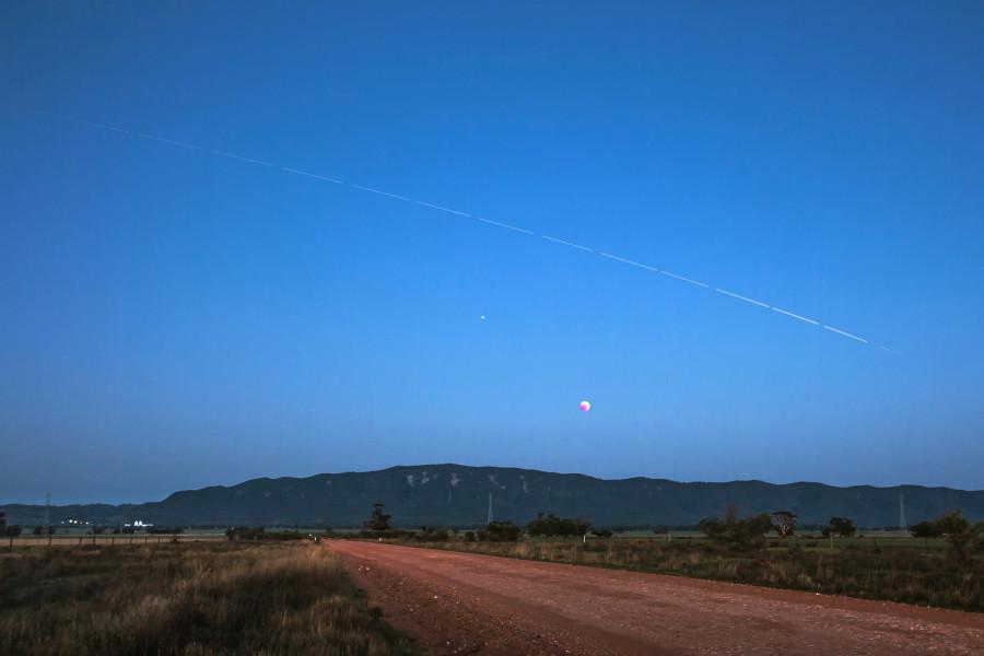 Марс, МКС, Млечный путь и все действующие космические миссии