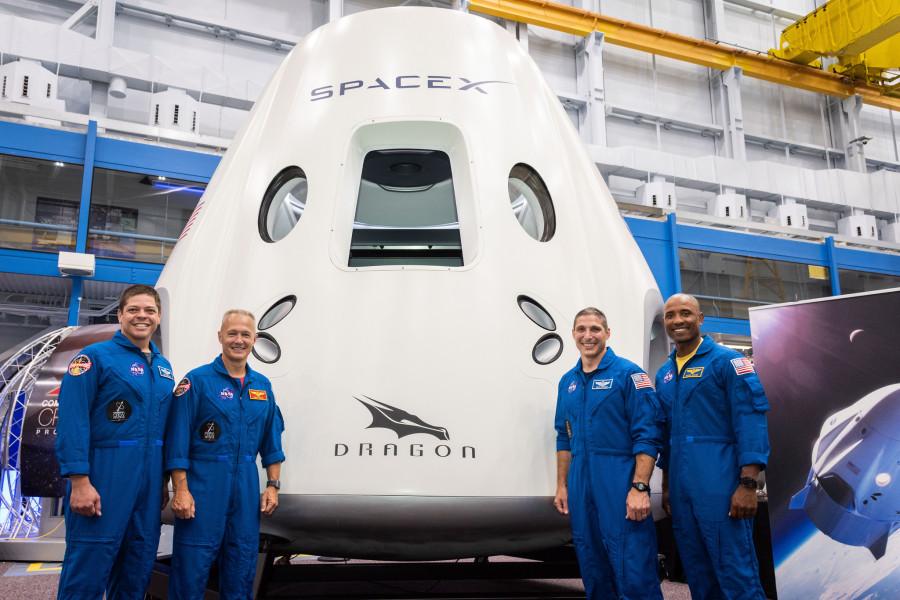 NASA назначило запуск Dragon 2 на 7 января 2019 года корабля, Dragon, испытания, Falcon, будут, время, стартовой, будет, марте, полета, Boeing, После, Starliner, CST100, состоится, ступени, первого, космического, Роберт, астронавты