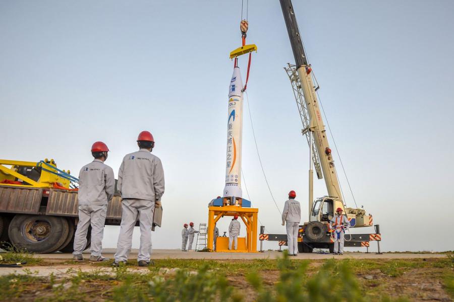 Испытание китайской ракеты засняли из космоса
