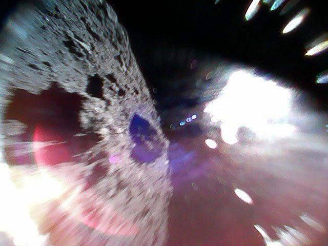 The Japanese micro-rovers passed the first photos of the asteroid Ryugu done, MINERVAII1, through, the apparatus, are, a micro-rover, after, the Earth, surfaces, moment, see, make, branches, Apparatuses, Hayabusy2, you can, image, rather than, jump, Duration