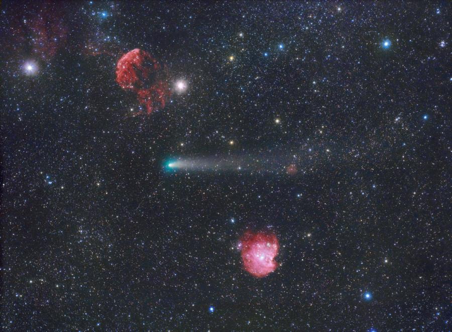 Комета Джакобини — Циннера и объекты дальнего космоса