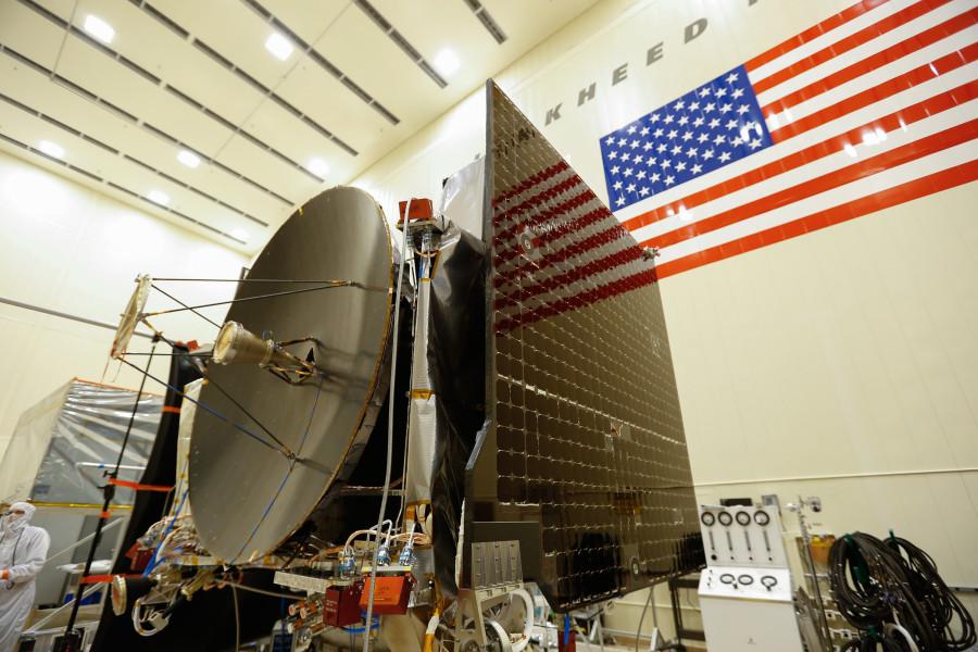 OSIRIS-REx проверил окрестности астероида Бенну