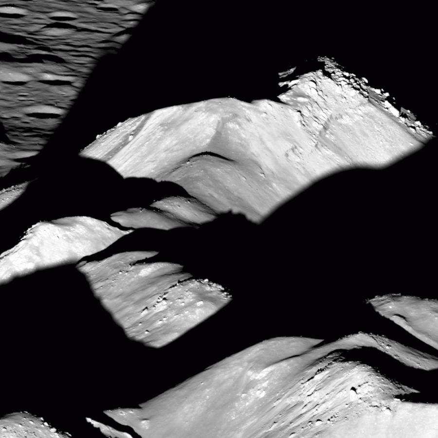 Центральный пик кратера Коперника Коперника, кратера, возраст, время, лавой, объясняется, затоплено, никогда, после, вулканической, активностиКратер, периода, завершение, кратеров, образовался, отличие, многоугольную, форму, скорее, круглую