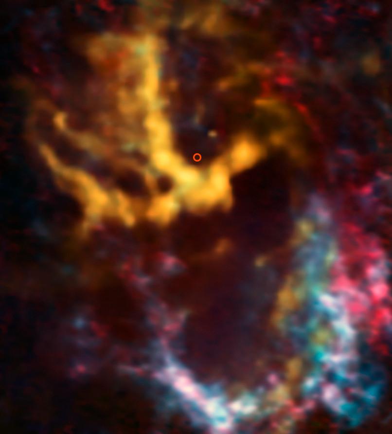 ALMA сфотографировал «облачка» в центре Млечного пути