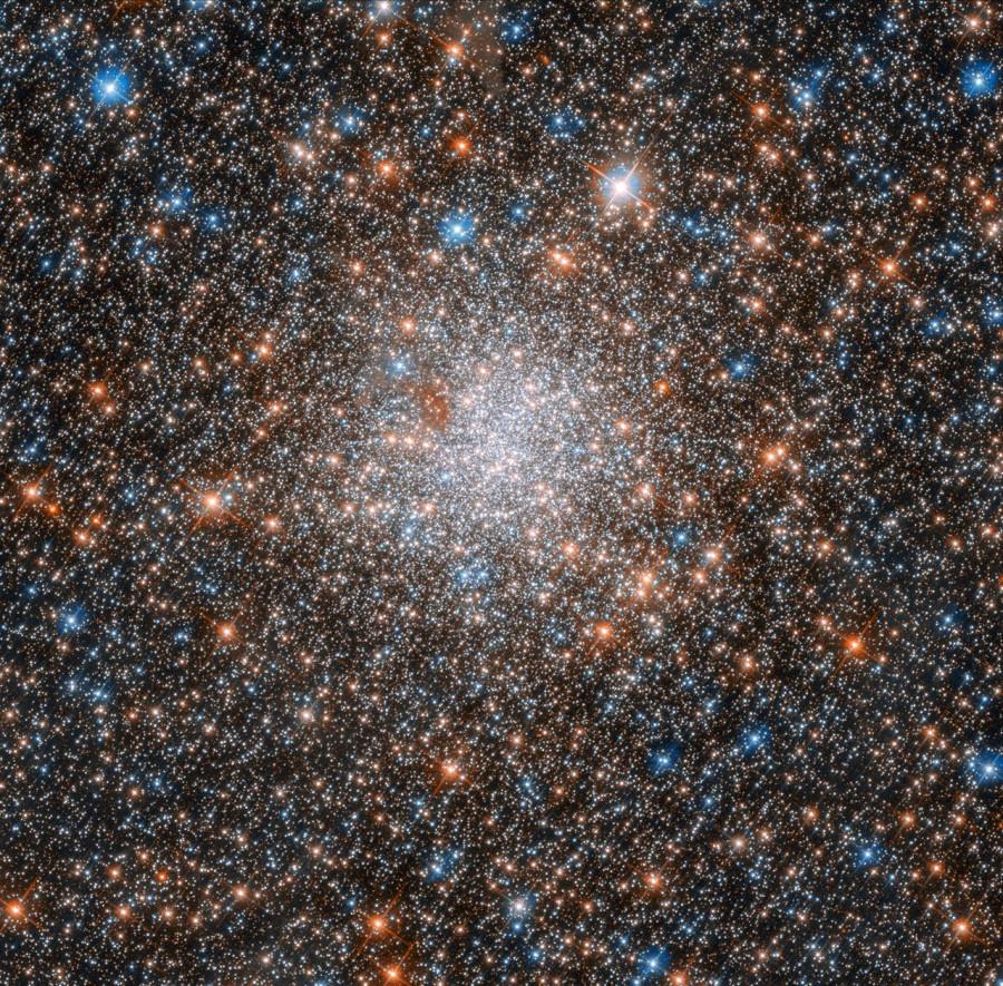 Шаровое скопление NGC 1898