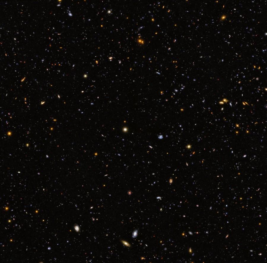12 тысяч галактик от телескопа «Хаббл»