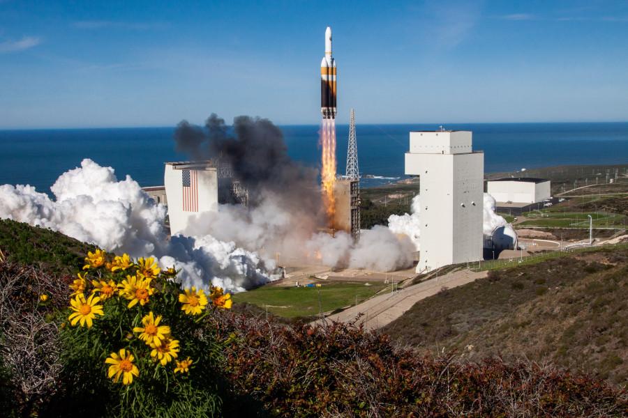 Запуск Delta IV Heavy, Бенну и два штора Юпитера