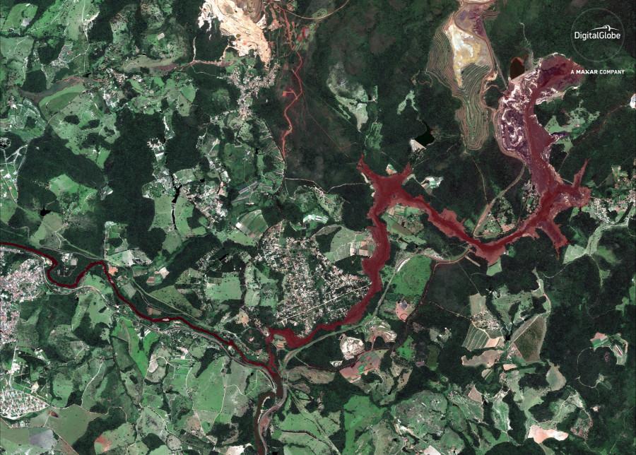 Последствия разрушения бразильской дамбы со спутников