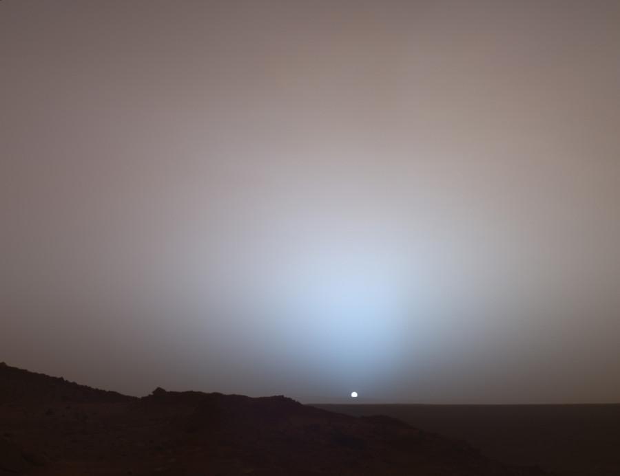 Заход Солнца на Марсе глазами InSight