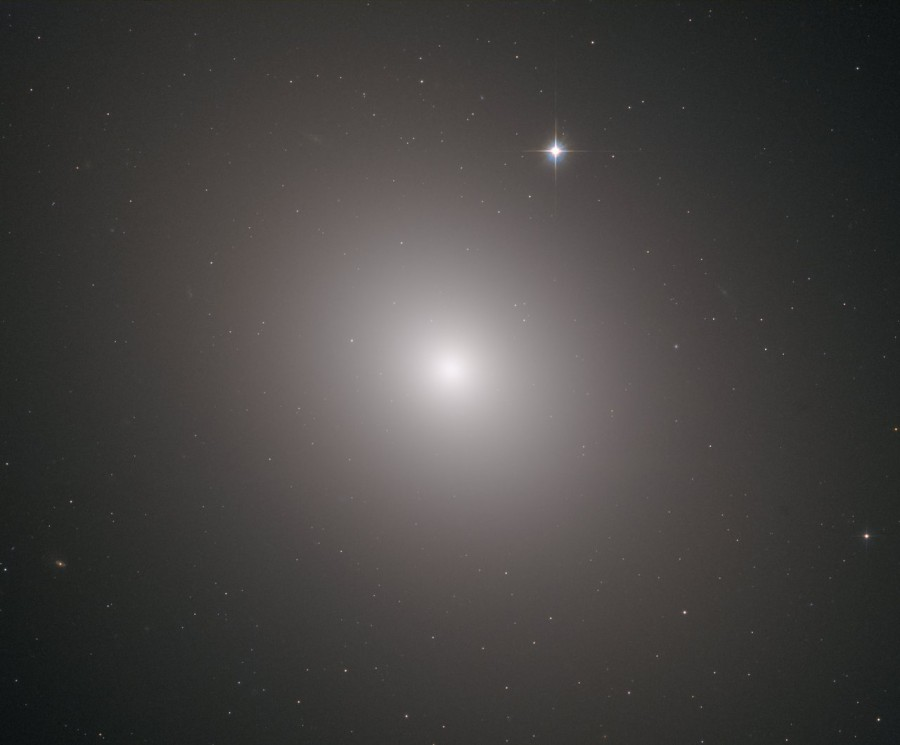 Галактика М49