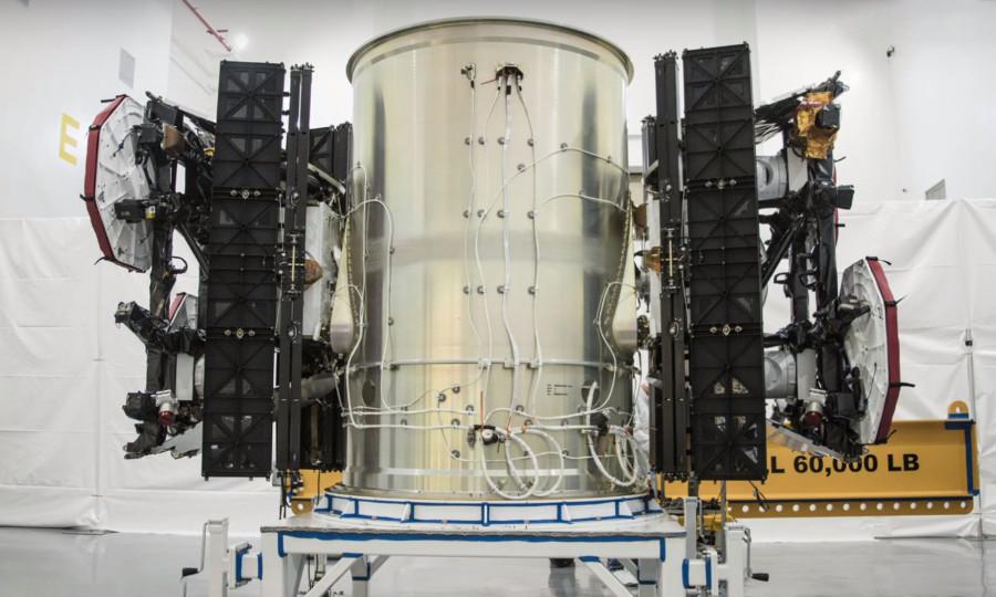 60 спутников Starlink под обтекателем Falcon 9