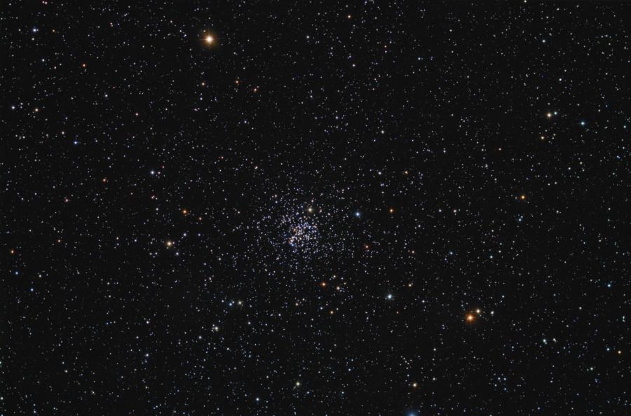 Gaia «увеличил» размер звездного скопления NGC 2682
