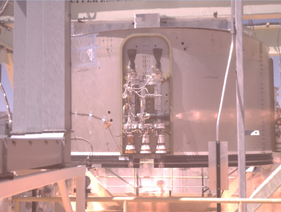 Boeing успешно испытал двигатели CST-100 Starliner