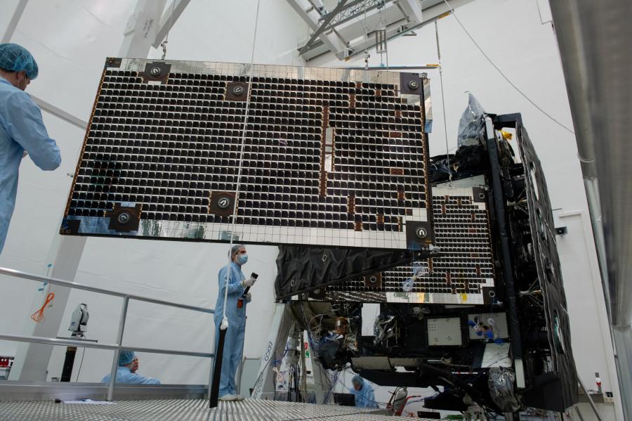 Тесты Solar Orbiter, запуск Electron и Большое соленое озеро