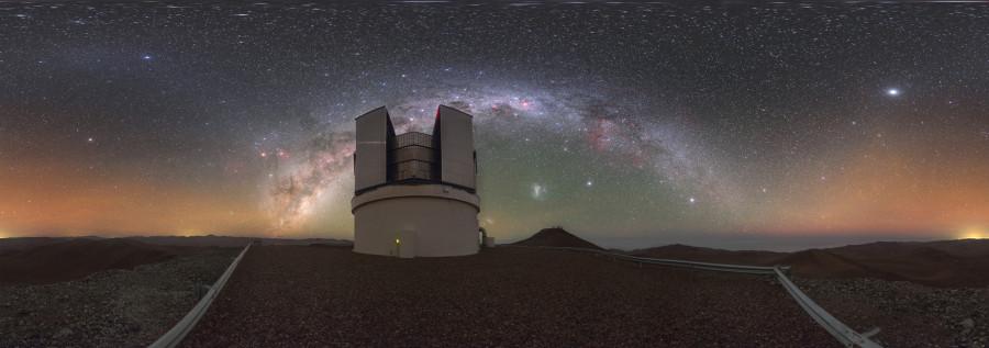 Обзорный телескоп VISTA