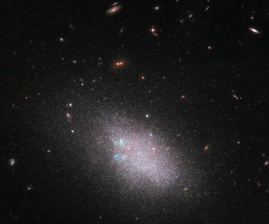 Карликовая галактика UGC 685 глазами «Хаббла»