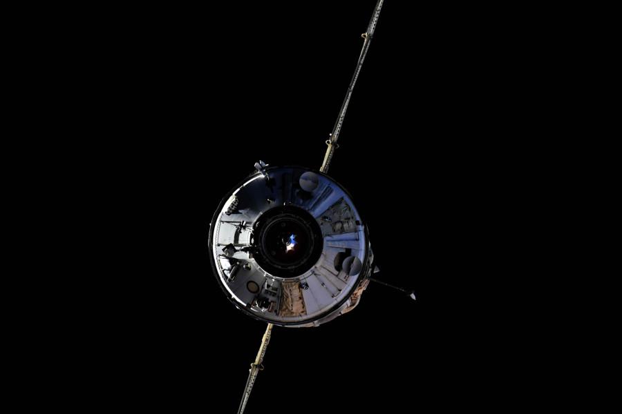 Модуль «Наука» самопроизвольно развернул МКС