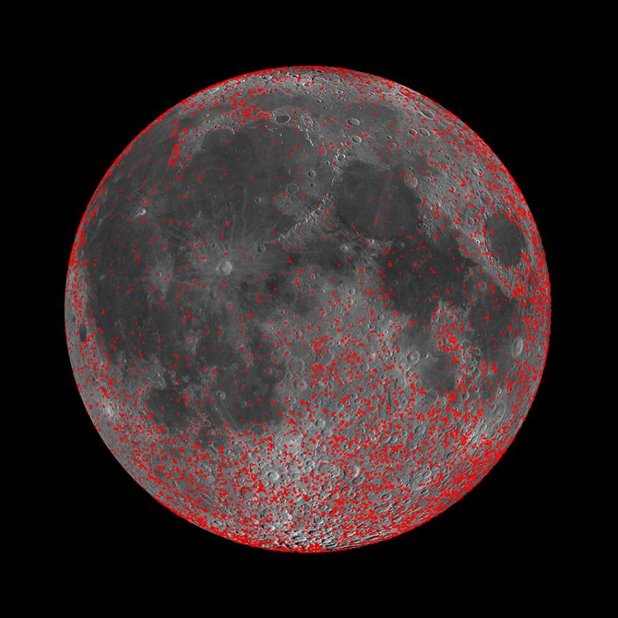 Составлена карта плотности лунных кратеров