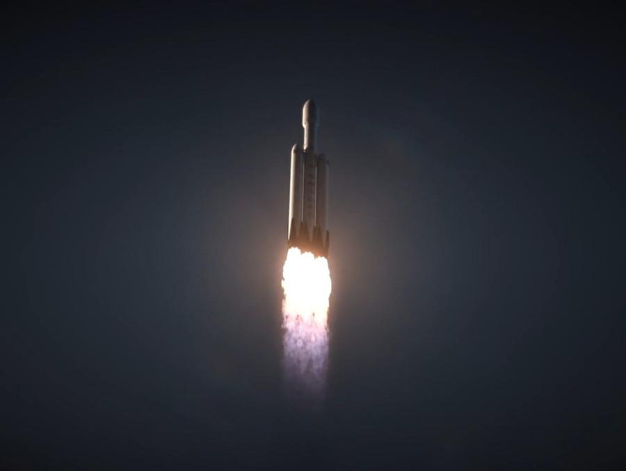 Первый запуск Falcon Heavy состоится в январе