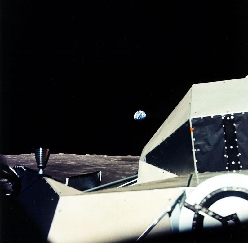 45 лет последней высадке человека на Луну