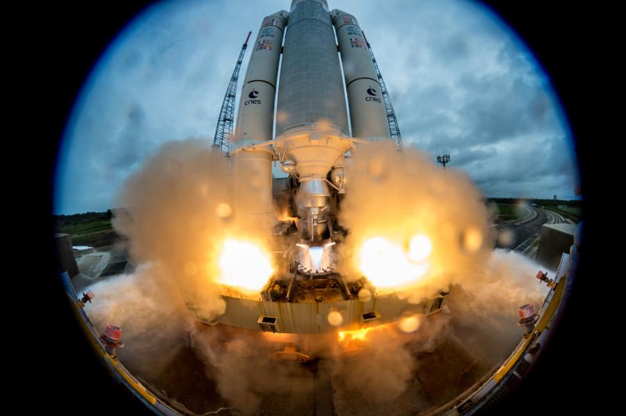 Запуск Ariane 5, посадка «Союз МС-05» и Оумуамуа