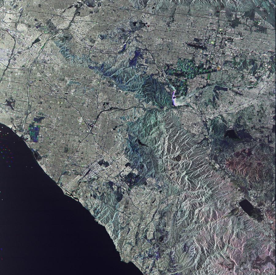 Округ Ориндж, химический состав Кассиопея А и посадка Falcon 9