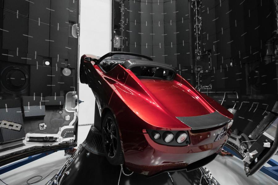 Красное авто для красной планеты