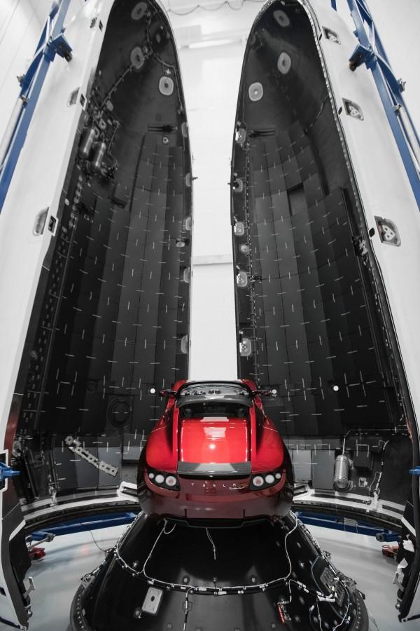 Красное авто для красной планеты будет, SpaceX, ракета, Falcon, январе, использоваться, качестве, имитатора, полезной, нагрузки, время, испытательного, пуска, ракеты, Heavy, утром, следующего, вишня», Маска, машина