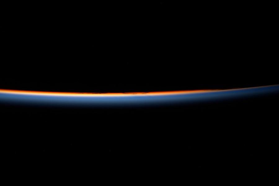 2017 год в фотографиях ESA спутника, Астронавт, время, космического, Снимок, глазами, Озеро, «Кассини», аппаратом, Карта, Сатурна, Sentinel2B, поверхности, готовится, сделанный, борту, января, Паоло, Несполи, Запуск