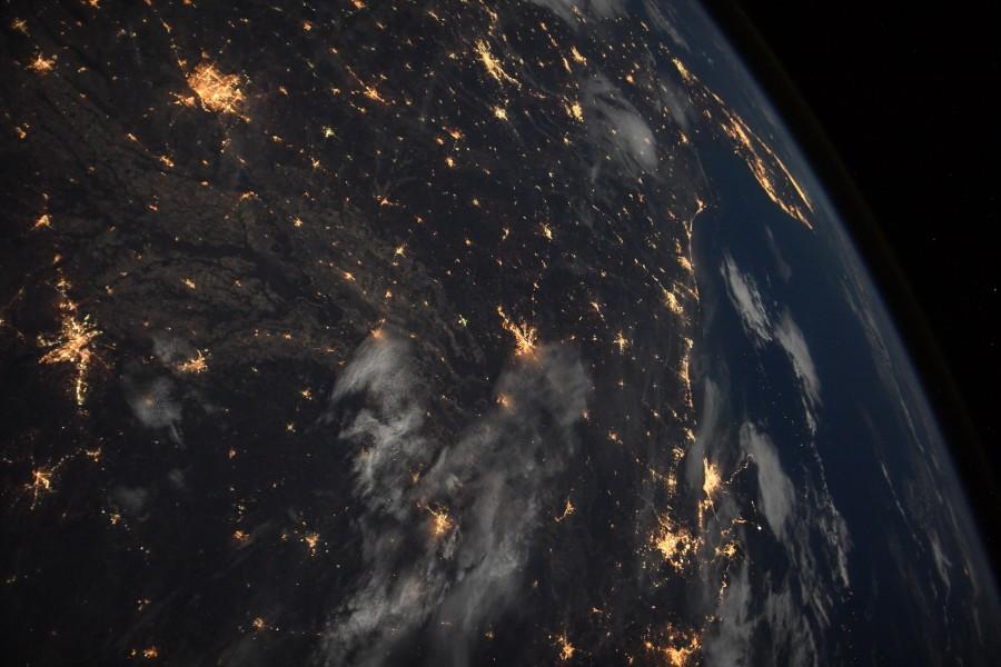 Испытание двигателя BE-4 и немного ночной Земли
