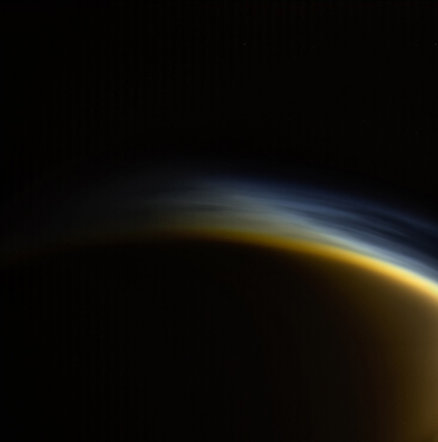 Haze over the North Pole of Titan Titan, smog, methane, hydrocarbon, surface, atmosphere, observe, Cassini, apparatus, RangeRepresented, optical, Titan, impossible, clearly, layers, several, available, Total, sort of, something