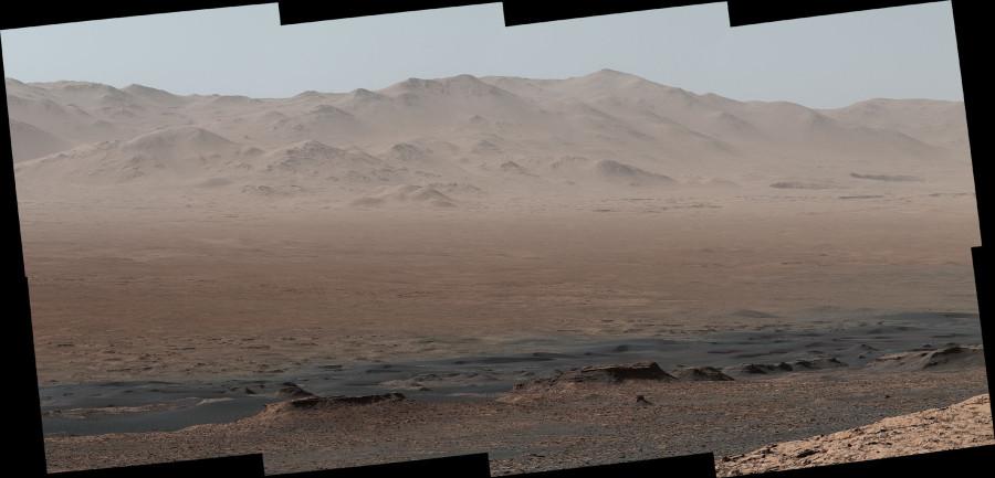 Curiosity сделал величественную панораму кратера Гейла